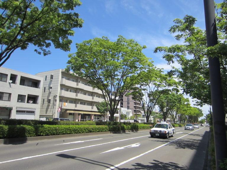 建物前の通路