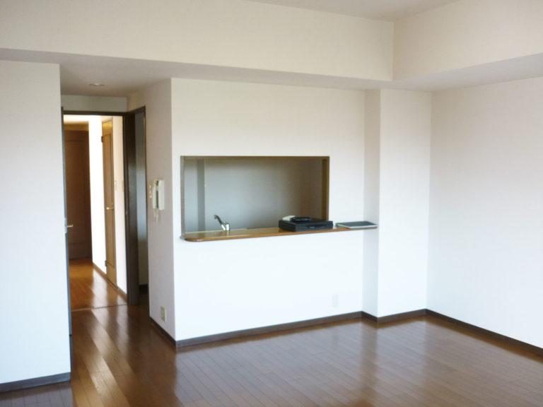 洋室からキッチン