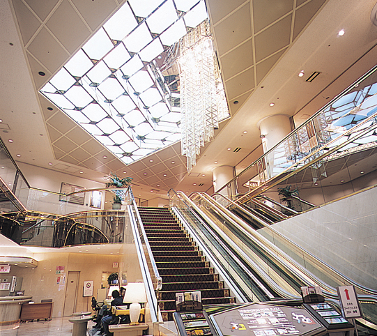新大阪ワシントンホテルプラザ 併設
