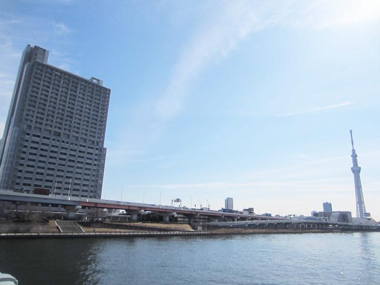 隅田川沿いの立地