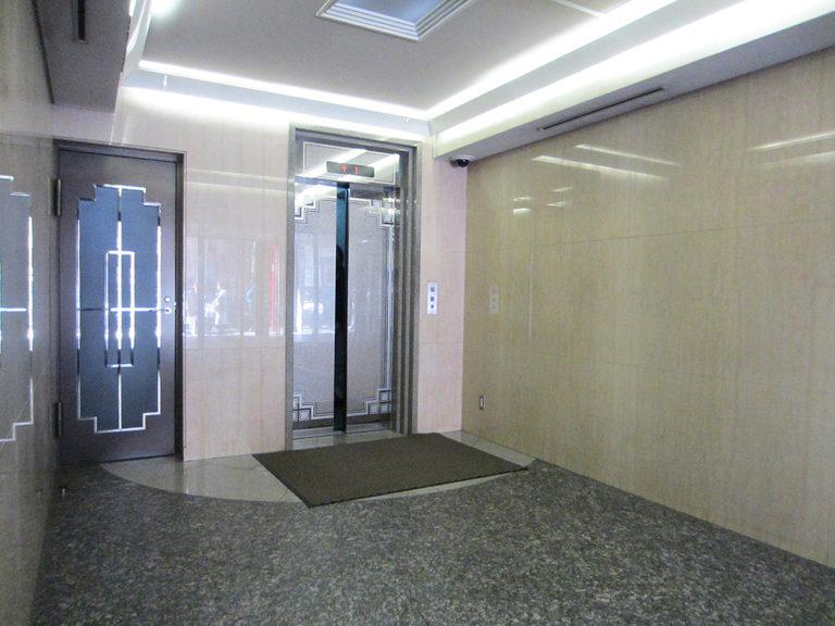 1Fエントランスホール