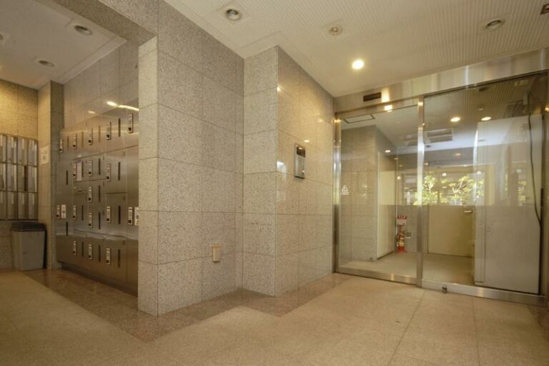 T&G東池袋マンション_エントランスホール